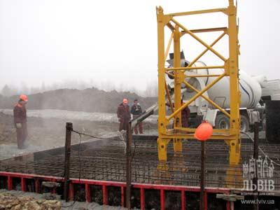 Розпочато будівництво стадіону до ЄВРО 2012, у Львові
