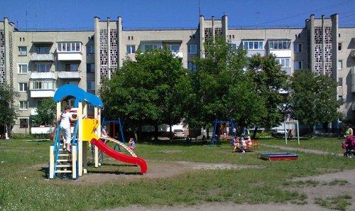 Нові дитячі майданчики в Соснівці
